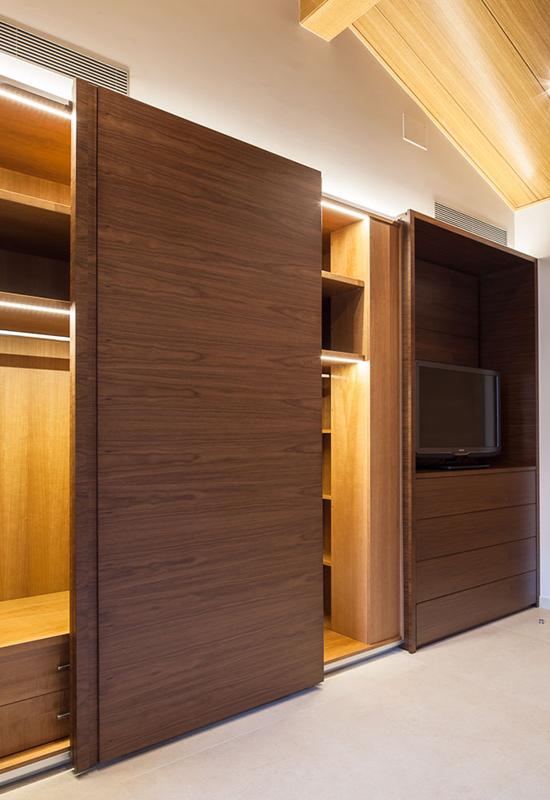 Sf f40 sistemas herrajes mecanismos para puertas correderas muebles y armarios de madera saheco - Sistemas puertas correderas armarios ...