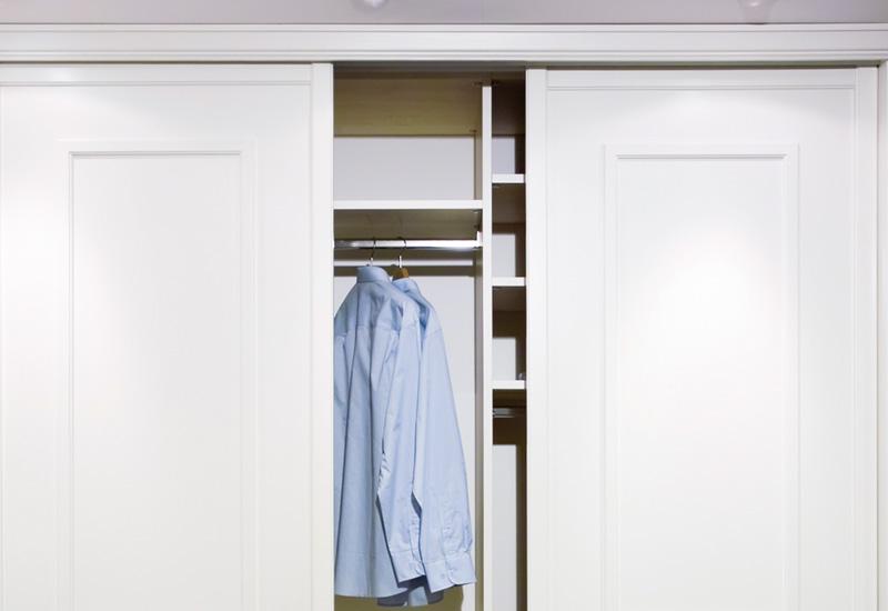 Herrajes puerta corredera armario simple guias puertas - Herrajes para puertas correderas ...